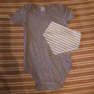 Grey Infant Onesie 2/10